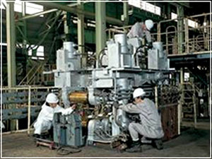生産設備の整備・保全の様子