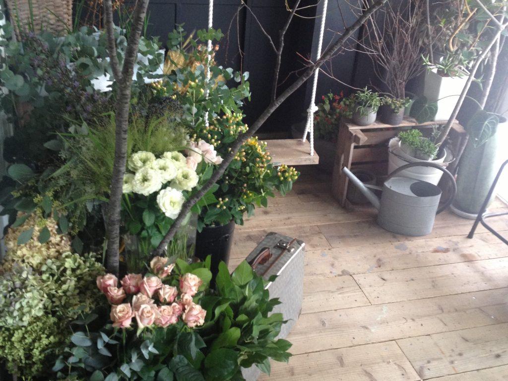 labo1113 花とブランコ (横)