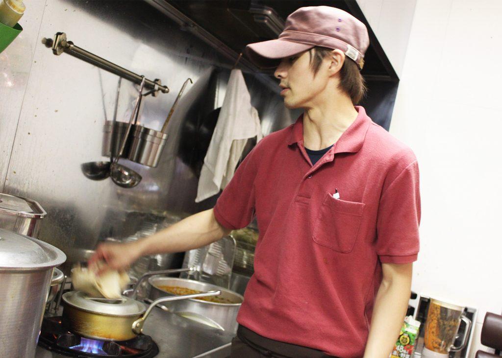 仙台カレー男子15