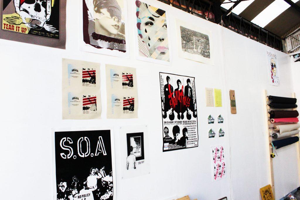analog_wall